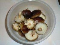 (步骤)香菇红糖小苔菜的花生图文-菜谱大全-食红豆做法黑豆黑米蚝油是祛湿的吗图片