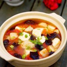 番茄鱼丸豆腐汤的做法