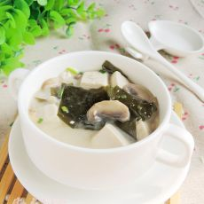 海带豆腐蘑菇汤的做法