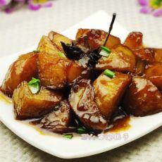 素菜荤吃的红烧土豆