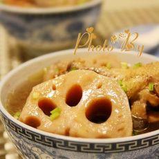 莲藕炖鸡汤的做法
