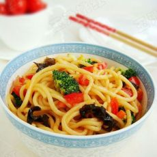 蚝油茄汁素炒面的做法