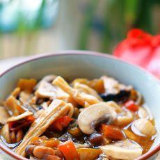 酸辣腐竹菌菇煲的做法