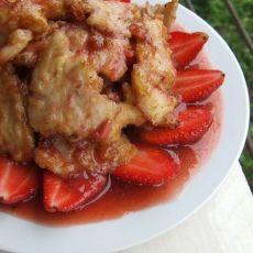草莓鱼片的做法