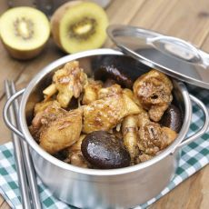 香菇焖鸡的做法