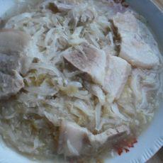 酸菜汆白肉