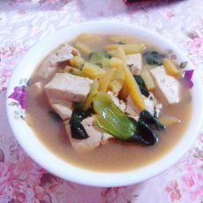 土豆油菜炖豆腐的做法