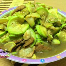 角瓜炒肉片的做法