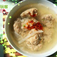 白萝卜牛肉丸子汤的做法