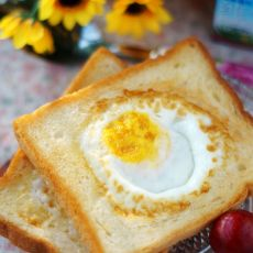 吐司煎蛋的做法