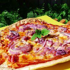 洋葱培根披萨的做法
