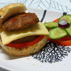 双层烤肉堡的做法