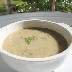 芹香土豆浓汤的做法