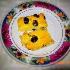 蛋黄樱桃奶酥