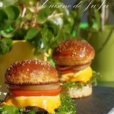 手工牛肉汉堡