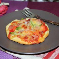 青椒培根脆底小披萨