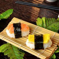 日式简易握寿司饭团