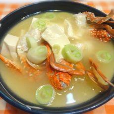 螃蟹豆腐味噌汤