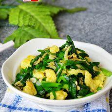 虾皮韭菜炒鸡蛋的做法