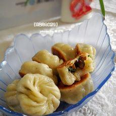 韭菜烤肉水煎包的做法