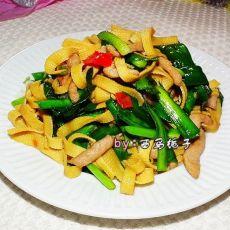 肉丝千张炒韭菜