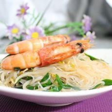鲜虾银芽炒米线的做法