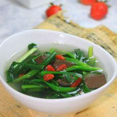 【韭菜猪红汤】 春季对付尘埃的灵丹妙药
