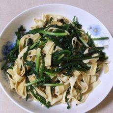 韭菜炒豆皮