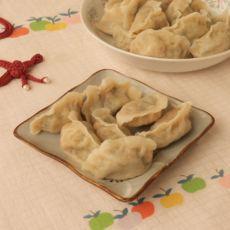 虾仁木耳双菜馅水饺的做法
