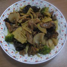 春笋杏鲍菇炒肉