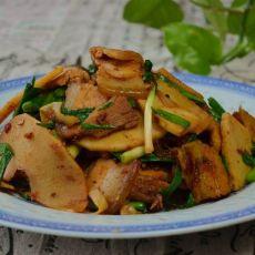 春笋回锅肉的做法