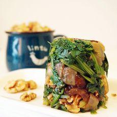 核桃海蜇拌菠菜
