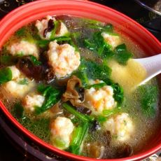 翡翠虾丸汤的做法