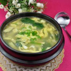 菠菜虾皮猪骨汤