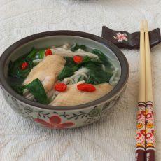鸡翅金针菠菜汤