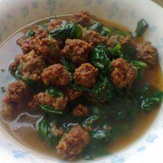 菠菜炖丸子