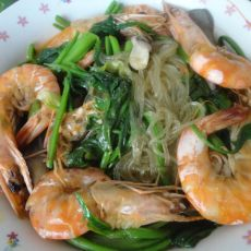 大虾炖菠菜的做法