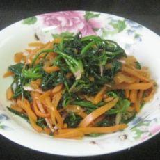 胡萝卜丝炒菠菜的做法
