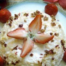 酸奶草莓蛋糕(只需要微波炉,超简单)