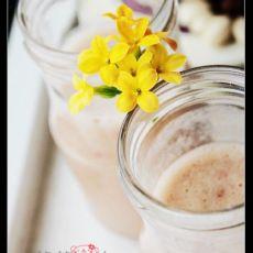 香蕉草莓乳酸菌饮料
