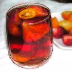 草莓蜂蜜红茶饮