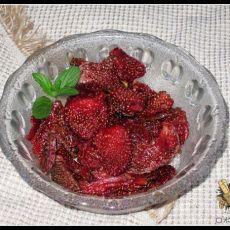 健康版自制草莓干的做法