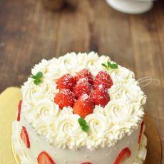 新年草莓蛋糕