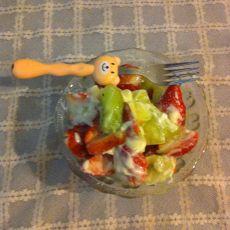 草莓猕猴沙拉