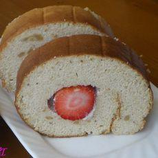 草莓戚风蛋糕卷