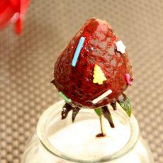 草莓棒棒糖