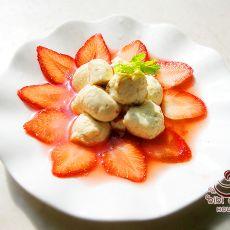 草莓豆腐球