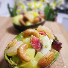 鲜虾鳄梨沙拉