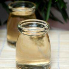 自制美容减肥苹果醋