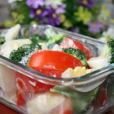 酸奶蔬果沙拉的做法